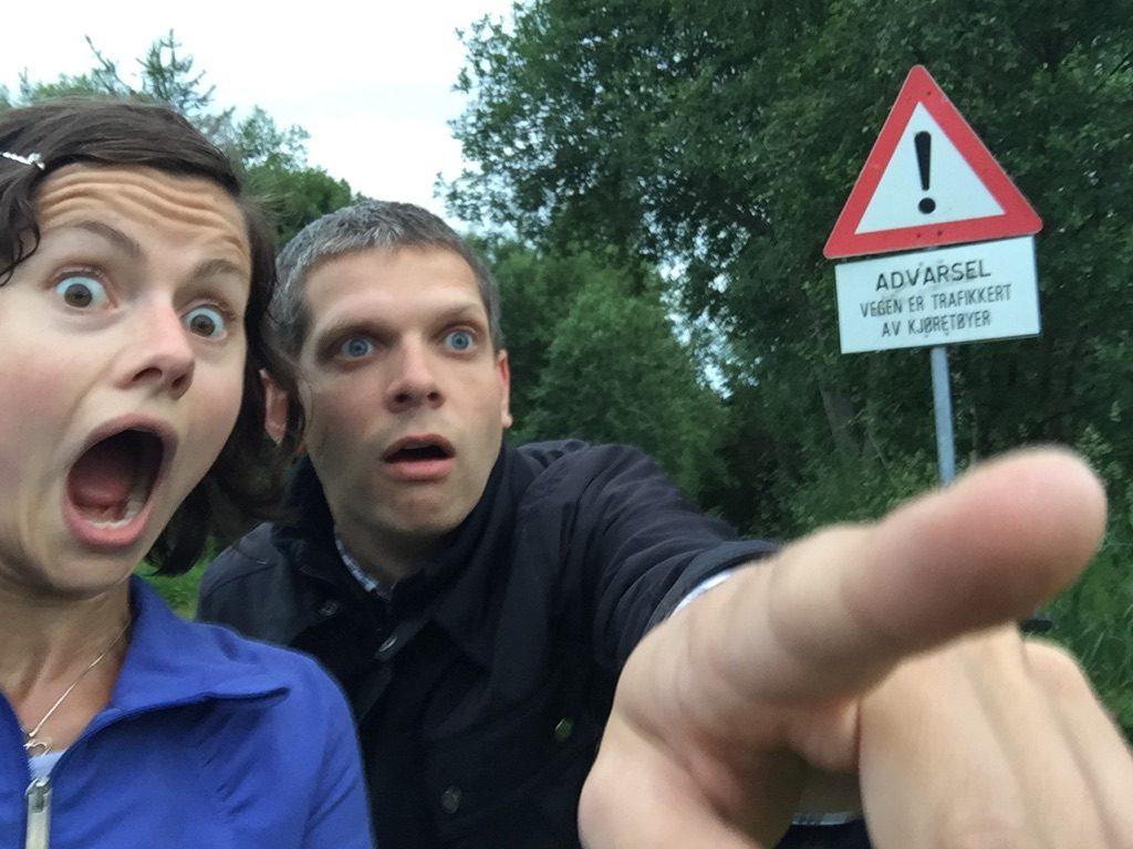 Kjøretøy i sikte! Fra Estenstadmarka, sommeren 2015
